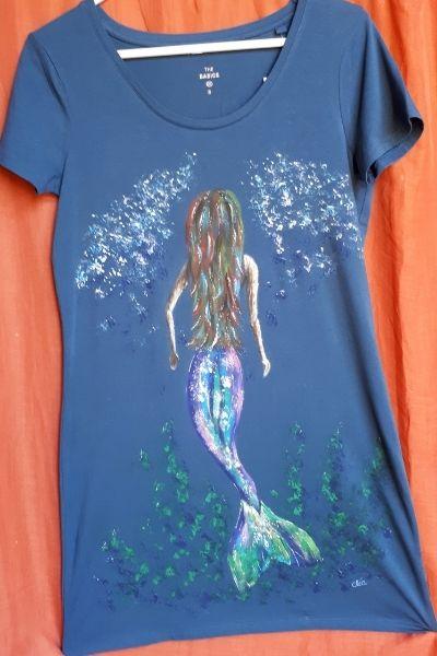Creations t shirts peints a la main sirene